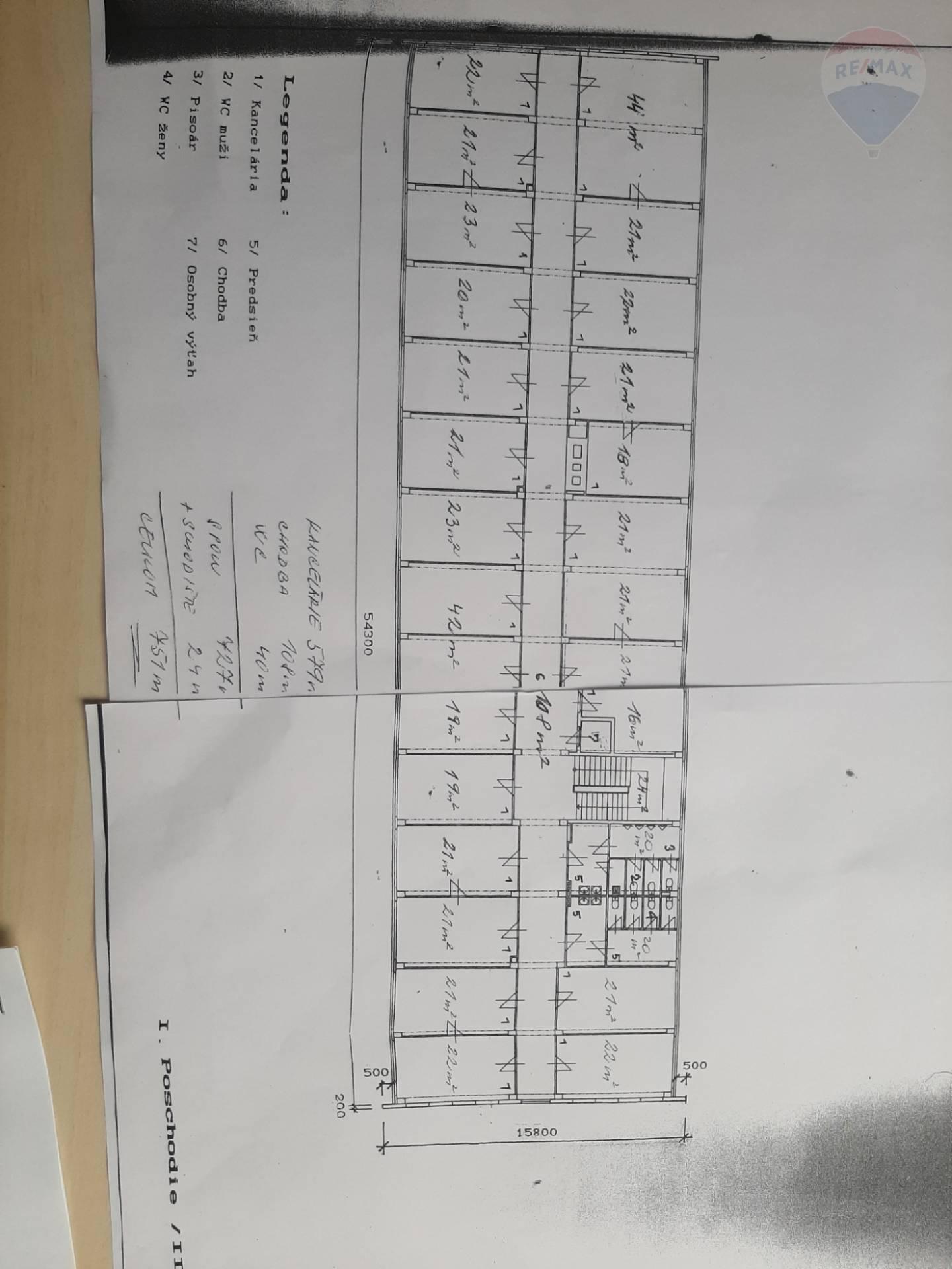 predaj administratívna budova Levice, Dopravná
